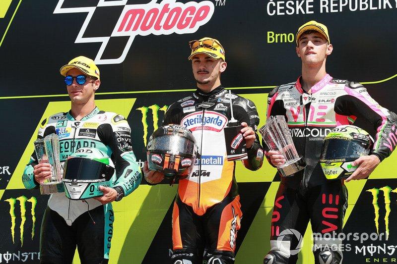 Race winnaar Aron Canet, Max Racing Team, tweede Lorenzo Dalla Porta, Leopard Racing, derde Tony Arbolino, Team O