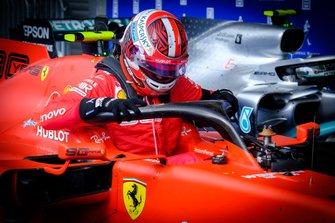 El ganador de la carrera Charles Leclerc, Ferrari