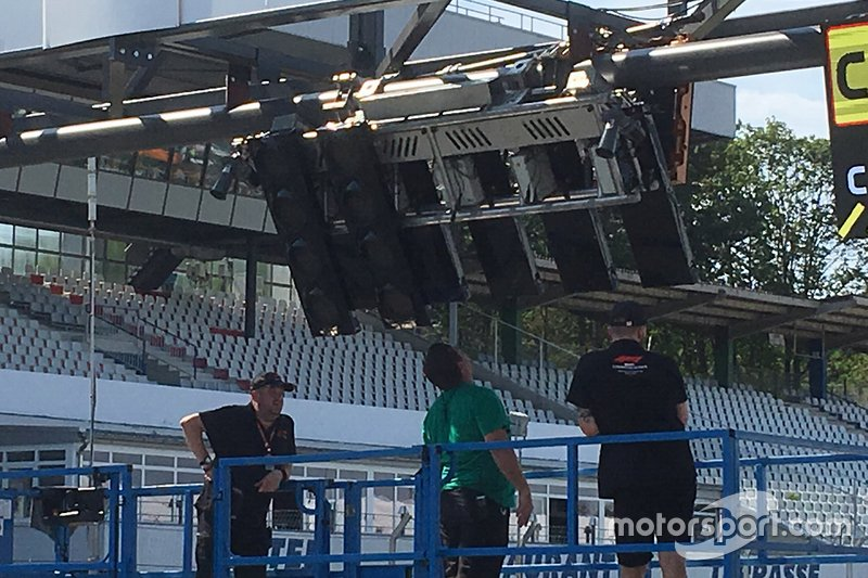 Broken German GP start lights after a bus crashed into them