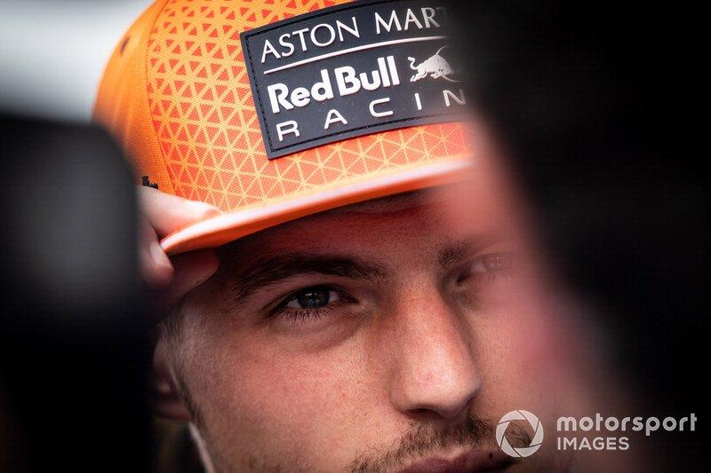Max Verstappen, Red Bull Racing parla ai media