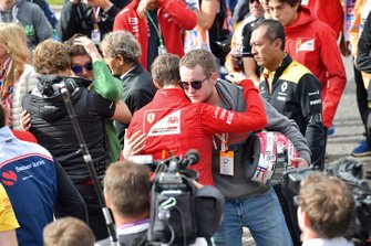 Callum Ilott, Sauber Junior Team by Charouz hugs the brother of Anthoine Hubert