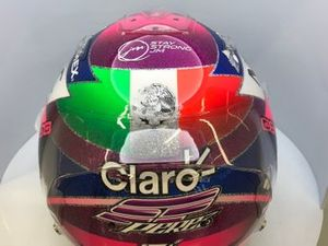Helmdesign: Sergio Perez, Racing Point