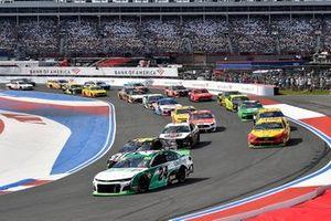 Start zum Bank of America Roval 400 auf dem Roval des Charlotte Motor Speedway: William Byron, Hendrick Motorsports, Chevrolet Camaro UniFirst, führt