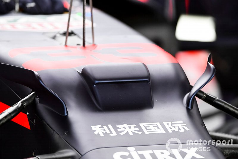Detalles aerodinámicos en el Red Bull Racing RB15