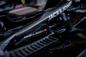 Cabina del Haas F1 team VF-19 Kevin Magnussen