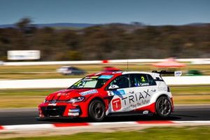 Aaron Cameron, Melbourne Performance Centre Volkswagen Golf GTI TCR