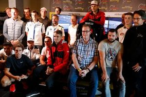 All participants of the DTM eSport Charity event