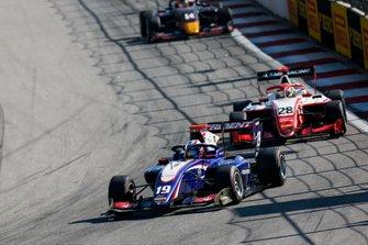 Нико Кари, Trident, и Роберт Шварцман, PREMA Racing