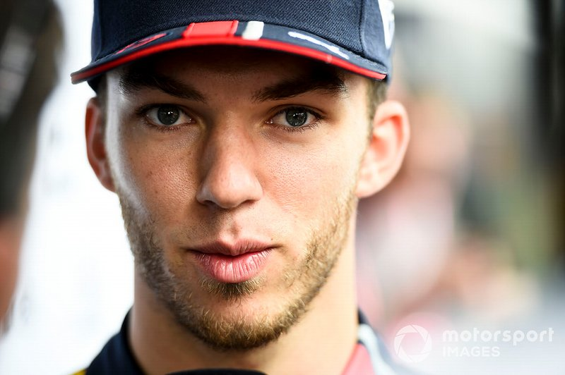 Pierre Gasly, Red Bull Racing, parla con i media