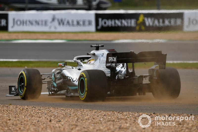 Lewis Hamilton, Mercedes AMG F1 W10 se va de largo