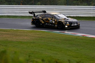 #108 Bentley Team M-Sport Bentley Continental GT3: Andy Soucek, Maxime Soulet, Sebastian Morris