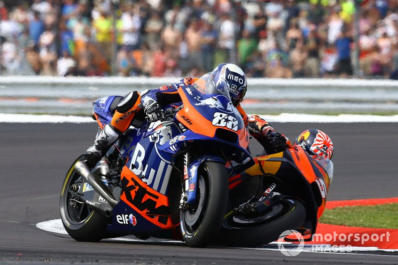 Johann Zarco, Red Bull KTM Factory Racing y Oliveira