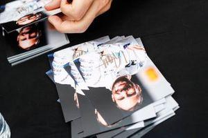 Les cartes d'autographes de Gary Paffett, HWA Racelab