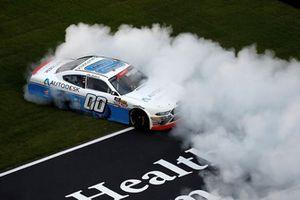 Yarış galibi Cole Custer, Stewart-Haas Racing, Ford Mustang