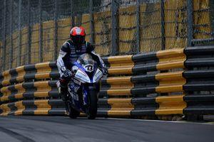 Phillip Crowe, Handtrans JCR Racing, BMW