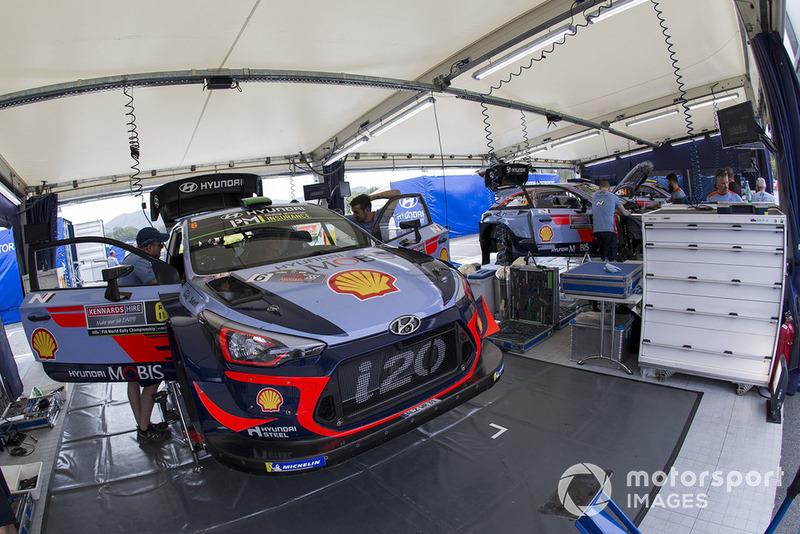 Hyundai i20 WRC, Hyundai World Rally Team, Service Area