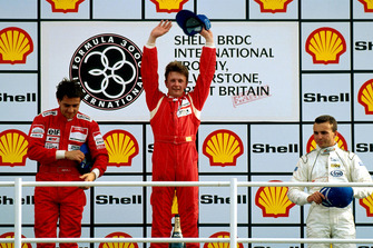 Podium: Race winner Allan McNish, DAMS, second place Eric Comas, third place Marco Apicella