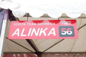 Board name of Alinka Hardianti, Toyota Team Indonesia