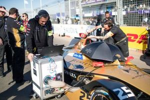 Mechanics on the grid with Jean-Eric Vergne, DS TECHEETAH, DS E-Tense FE19