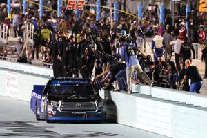 Brett Moffitt, Hattori Racing Enterprises, Toyota Tundra AISIN Group celebrates