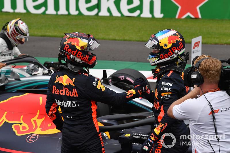 Daniel Ricciardo, Red Bull Racing e Max Verstappen, Red Bull Racing festeggiano nel parco chiuso Published No 20649509 Daniel Ricciardo, Red Bull Racing e Max Verstappen, Red Bull Racing festeggiano nel parco chiuso