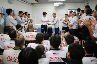Hisatake Murata, TMG Team President with Toyota Gazoo Racing team members