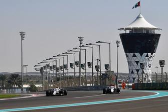 Antonio Giovinazzi, Sauber C37 and Marcus Ericsson, Sauber C37