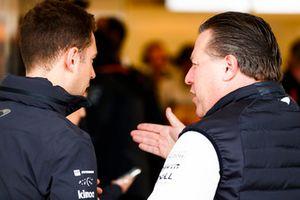 Stoffel Vandoorne, McLaren, talks with Zak Brown, Executive Director, McLaren Racing