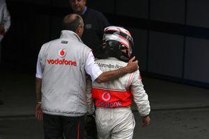 Ron Dennis, director de McLaren Mercedes, con Fernando Alonso, McLaren MP4-22 Mercedes