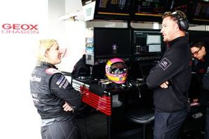 Pippa Mann, GEOX Dragon,talks to Drag engineers