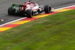 Scintille generate dell'auto di Kimi Raikkonen, Alfa Romeo Racing C39