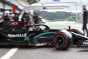 Lewis Hamilton, Mercedes F1 W11 EQ Performance, leaves the garage