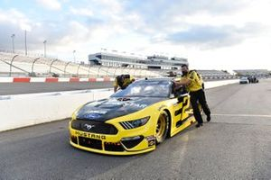 Brad Keselowski, Team Penske, Ford Mustang Western Star/Alliance Parts