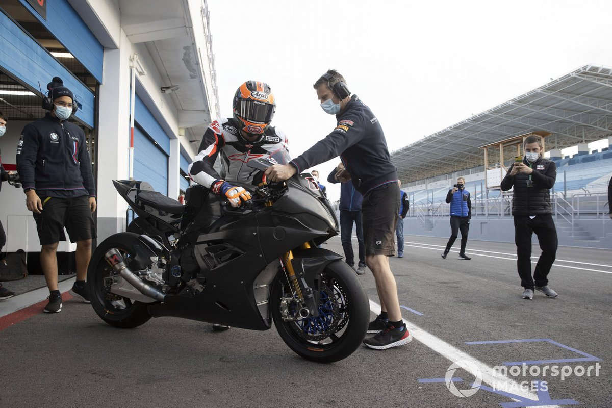 Michael van Der Mark, BMW Motorrad WorldSBK Team, Testing the BMWS1000RR