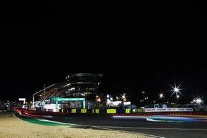 Le Mans at night
