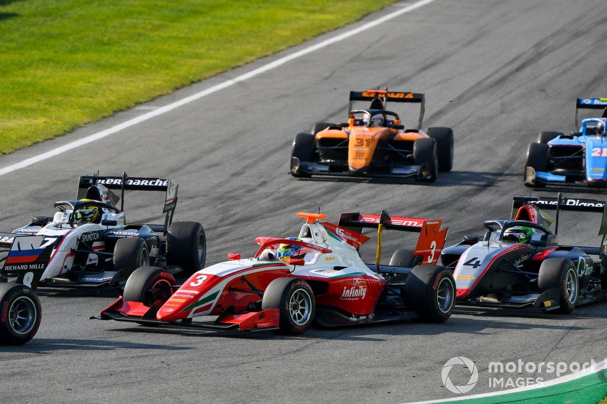 Theo Pourchaire, ART Grand Prix, Logan Sargeant, Prema Racing y Pierre-Louis Chovet, Hitech Grand Prix