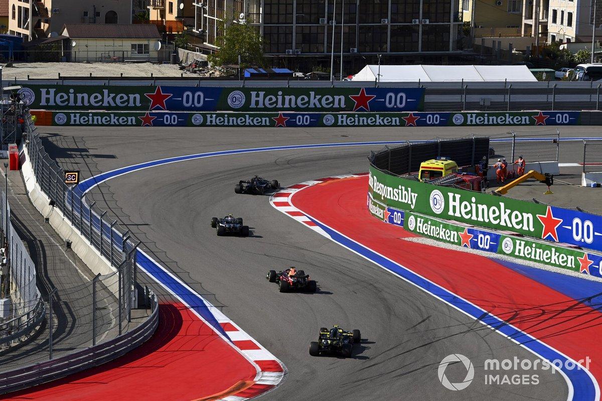 Lewis Hamilton, Mercedes F1 W11, Valtteri Bottas, Mercedes F1 W11, Max Verstappen, Red Bull Racing RB16, Esteban Ocon, Renault F1 Team R.S.20