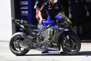 Valentino Rossi, Yamaha Factory Racing crashed bike
