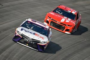 Denny Hamlin, Joe Gibbs Racing, Toyota Camry FedEx Office, Darrell Wallace Jr., Richard Petty Motorsports, Chevrolet Camaro Door Dash