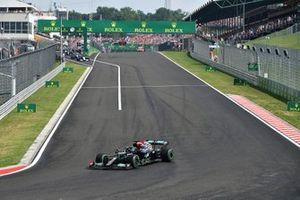Lewis Hamilton, Mercedes W12 alla ripartenza