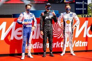 Top 3 après les qualifications, le poleman Kelvin van der Linde, Abt Sportsline, Maximilian Götz, Haupt Racing Team, Marco Wittmann, Walkenhorst Motorsport