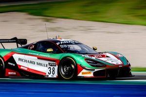 #38 Jota McLaren 720 S GT3: Oliver Wilkinson, Ben Barnicoat