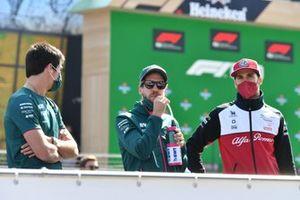Lance Stroll, Aston Martin AMR21 Sebastian Vettel, Aston Martin AMR21 Antonio Giovinazzi, Alfa Romeo Racing C41 Driver's parade