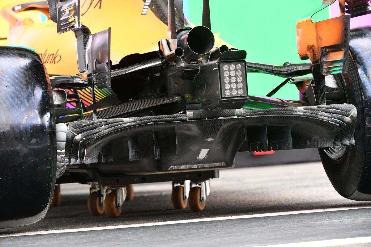 McLaren MCL35M: Diffusor
