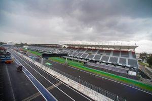 Preparativos para la F1 en el Autódromo Hermanos Rodríguez