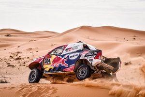 #304 Toyota Gazoo Racing: Giniel De Villiers, Alex Haro Bravo