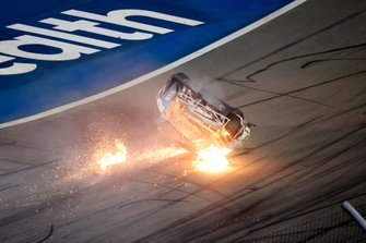 Last Lap. Ryan Newman, Roush Fenway Racing, Ford Mustang Koch Industries, crash