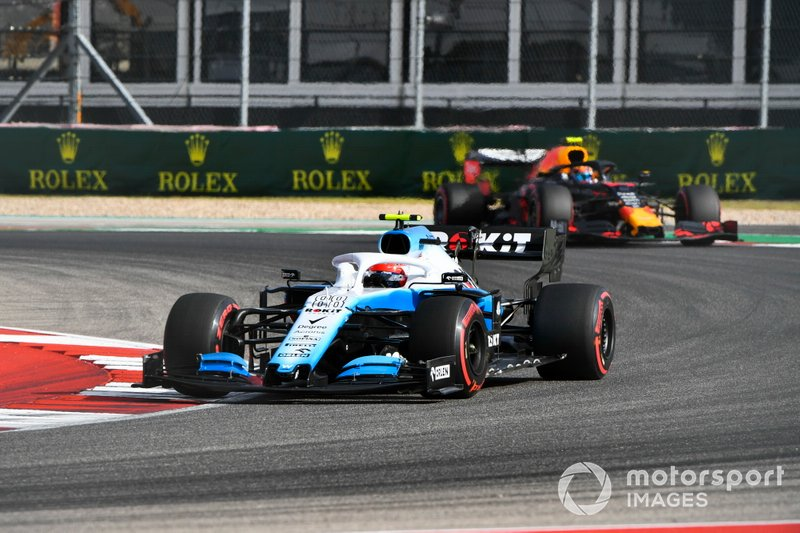 Robert Kubica, Williams FW42, leads Alexander Albon, Red Bull RB15