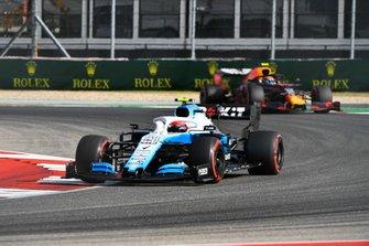 Robert Kubica, Williams FW42, leads Alexander Albon, Red Bull RB15