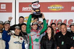 Winner Michael Self, Venturini Motorsports Toyota